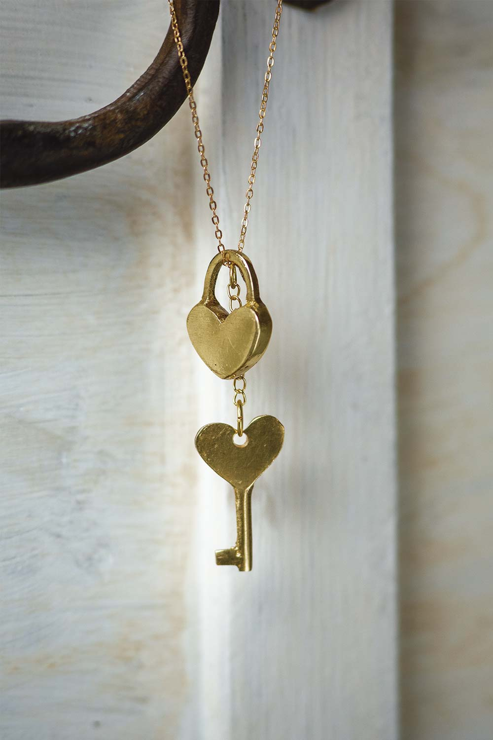 CHAIN NECKLACE PADLOCK / KEY