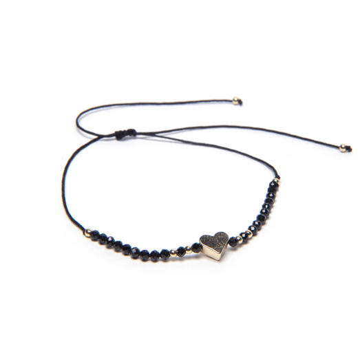 ADJUSTABLE STRING HEART ONYX BRACELET